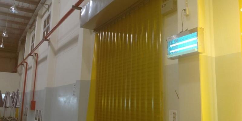 Màng nhựa PVC ngăn côn trùng cho nhà kho