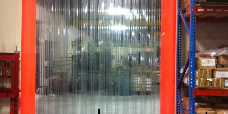 Màn nhựa PVC ngăn thất thoát hơi lạnh cho kho thực phẩm