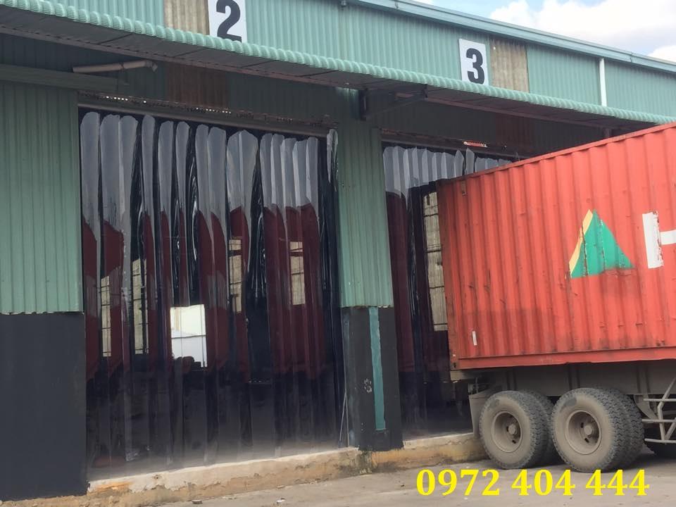 Màn nhựa ngăn lạnh, ngăn bụi cho xưởng chế biến thực phẩm