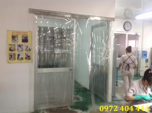 Hạn chế tĩnh điện trong sản xuất với màn nhựa PVC