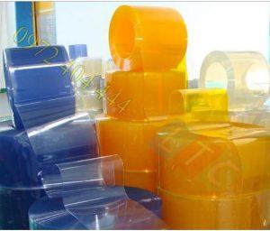 Màn nhựa PVC sử dụng lâu có phai màu không?