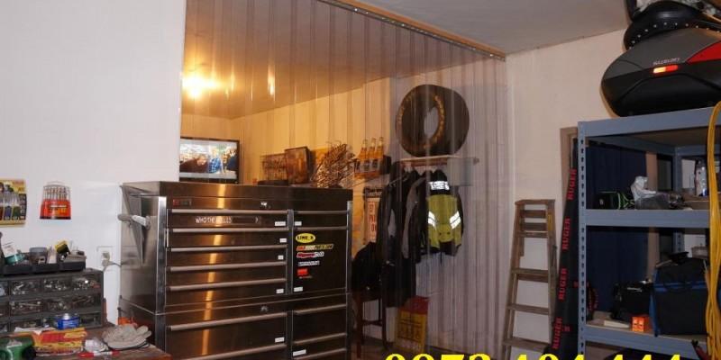 Vách ngăn máy lạnh gia đình