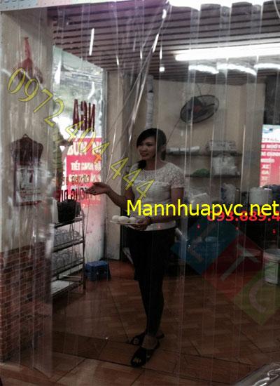 Man_nhua_PVC_ngan_vet_bui
