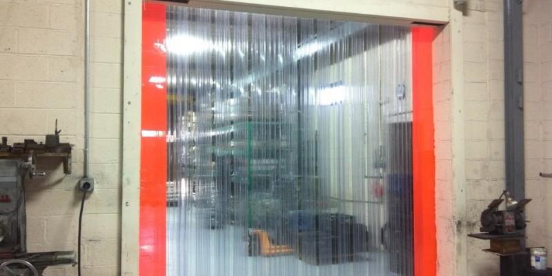 Công ty Lương Tiến chuyên tư vấn lắp đặt rèm nhựa chuyên nghiệp