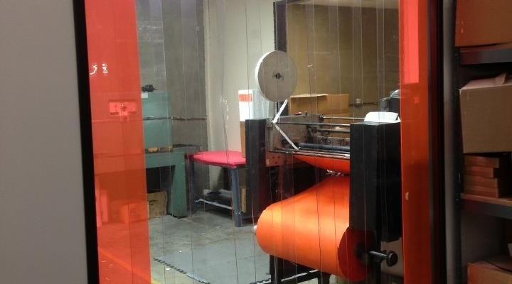 Công ty Lương Tiến chuyên thi công màn nhựa PVC giá tốt