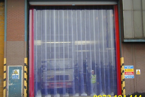 Công ty Lương Tiến cung cấp màn nhựa cho công trình lớn