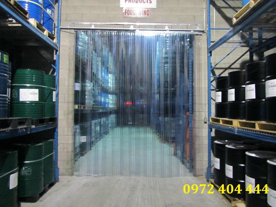Lương Tiến cung cấp màn nhựa cửa kho lạnh chuyên nghiệp