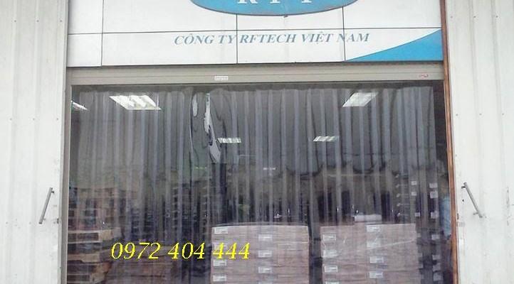 Lắp đặt màn nhựa pvc cho khu vực nhà xưởng