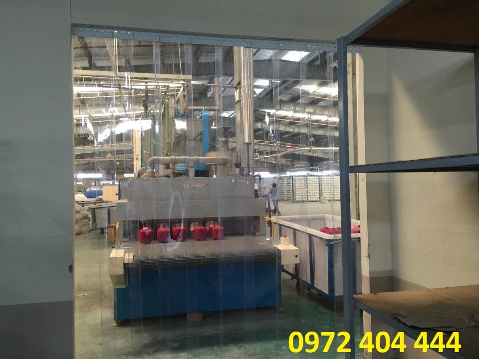Màn nhựa cho xưởng dệt