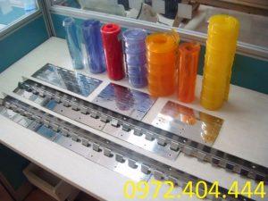 Nên mua phụ kiện lắp màn nhựa PVC ở đâu?