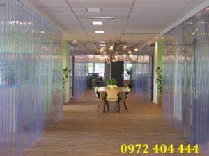 Lắp màn nhựa PVC – tăng không gian chia sẻ